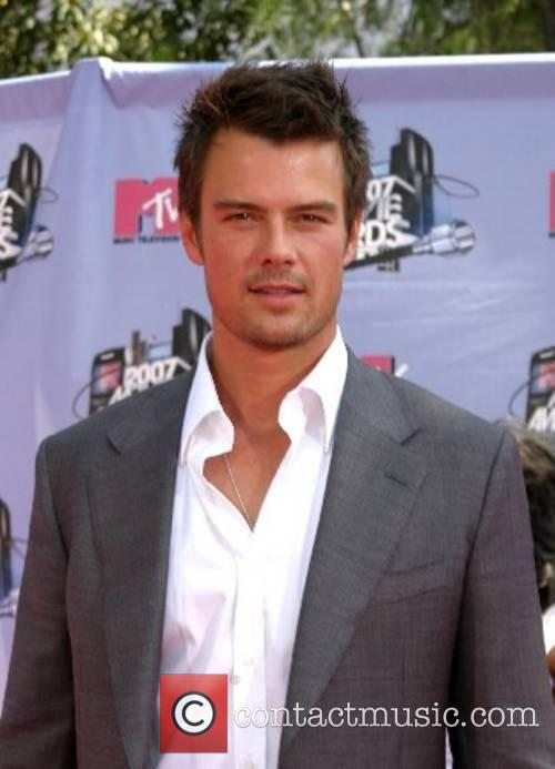Josh Duhamel, Gibson Amphitheatre, Mtv Movie Awards