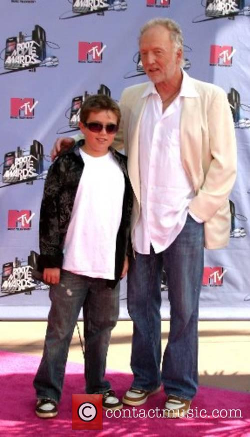 Tobin Bell and son '2007 MTV Movie Awards'...