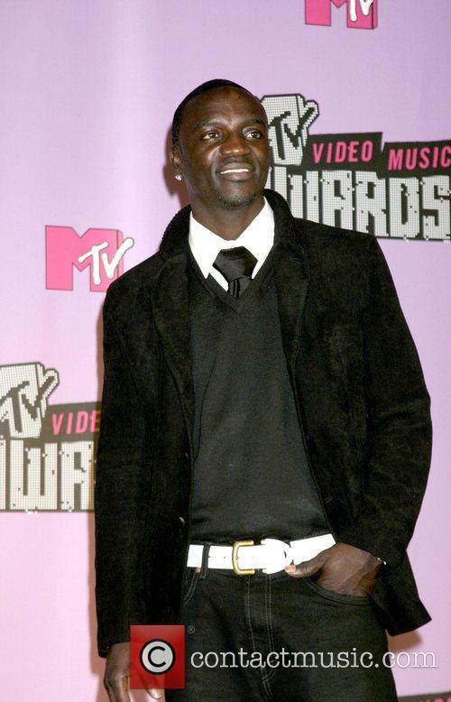 Akon, Las Vegas and Mtv 2