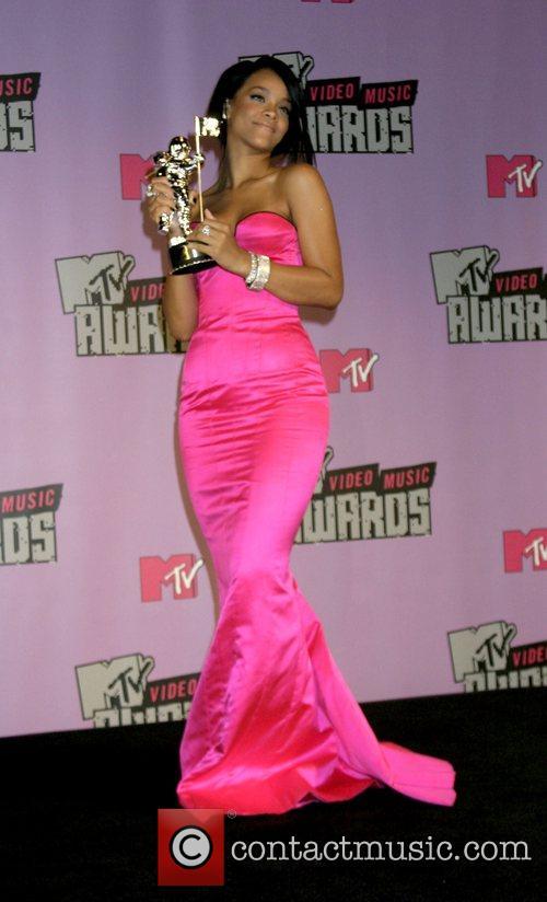 Rihanna, Las Vegas and Mtv 4