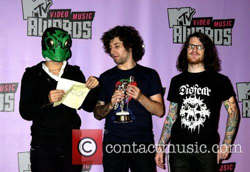 Pete Wentz, Andy Hurley, Fall Out Boy, Las Vegas and Mtv 3