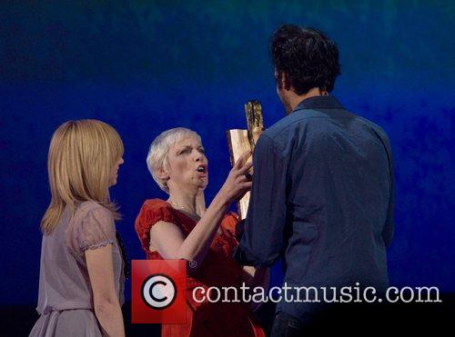 Annie Lennox and Guster