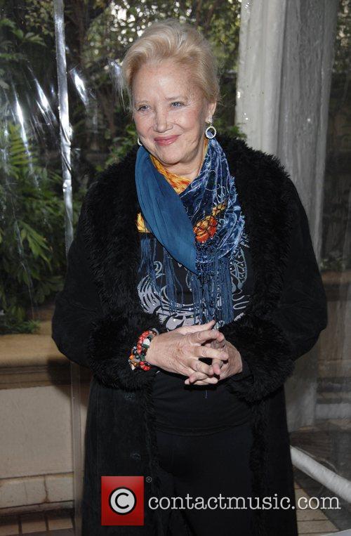 Sally Kirkland 4