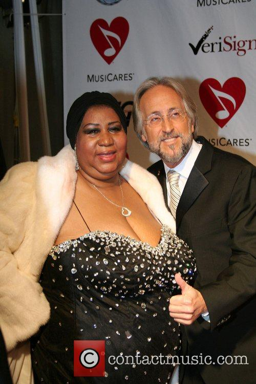 Aretha Franklin and Neil Portnow 2