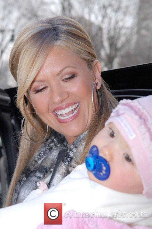 'Access Hollywood' host Nancy O'Dell and baby daughter...