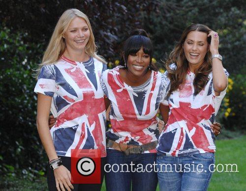 Jodie Kidd, Naomi Campbell and Yasmin LeBon Photocall...