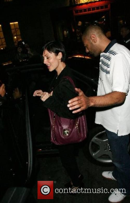 Natalie Imbruglia leaving Cipriani restaurant