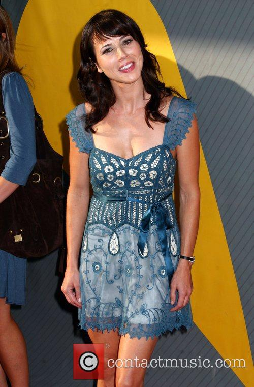 Linda Cardellini 6
