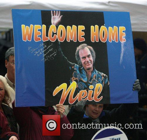 Neil Diamond performs live on NBC's 'The Today...