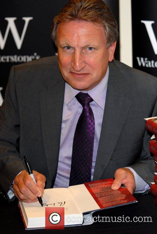 Former Sheffield Utd manager signs copies of his...