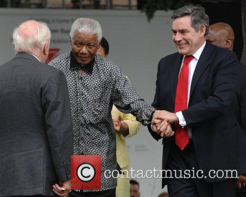 Nelson Mandela and Gordon Brown 7