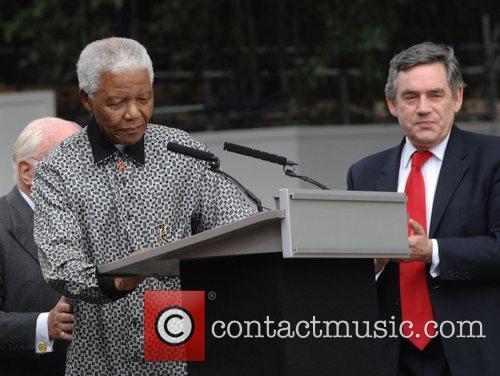 Nelson Mandela and Gordon Brown 10