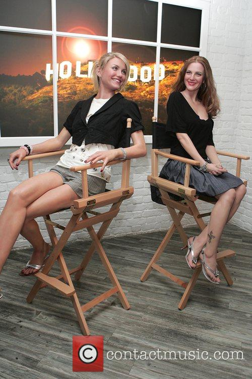 Drew Barrymore and Cameron Diaz 1