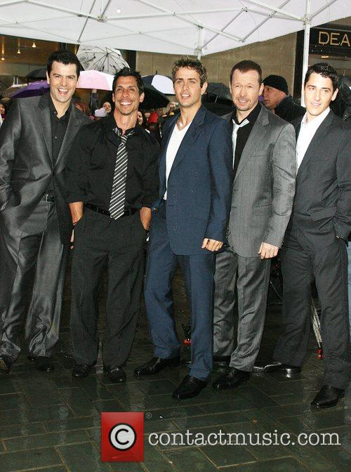Jordan Knight, Donnie Wahlberg and New Kids On The Block 6