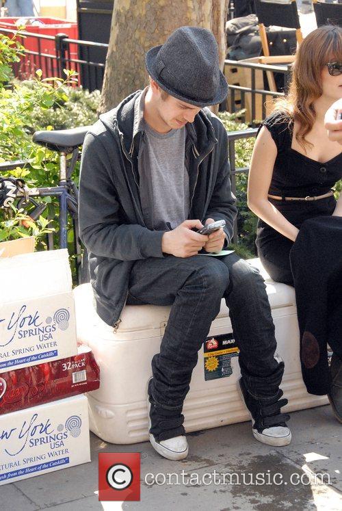 Hayden Christensen and Rachel Bilson 8