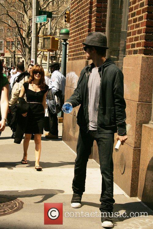 Rachel Bilson and Hayden Christensen 6
