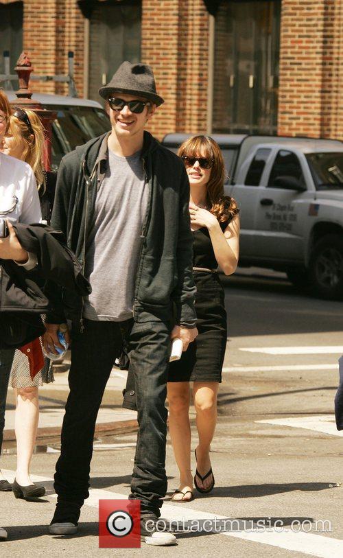 Rachel Bilson and Hayden Christensen 2