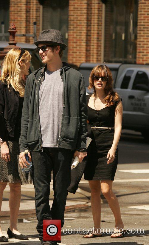 Rachel Bilson and Hayden Christensen 4