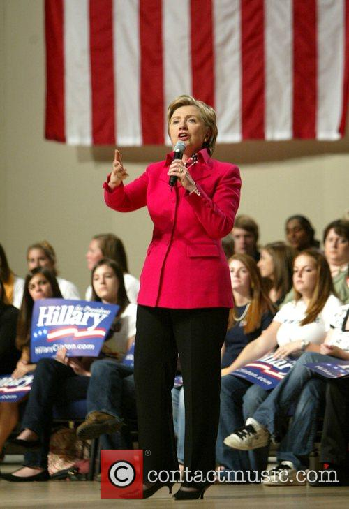 US Democratic presidential hopeful New York Senator Hillary...
