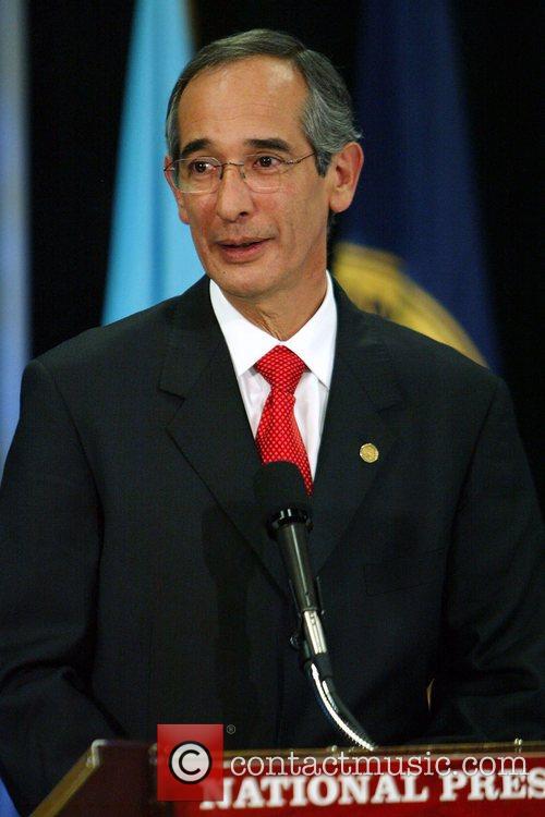 Alvaro Colom 3