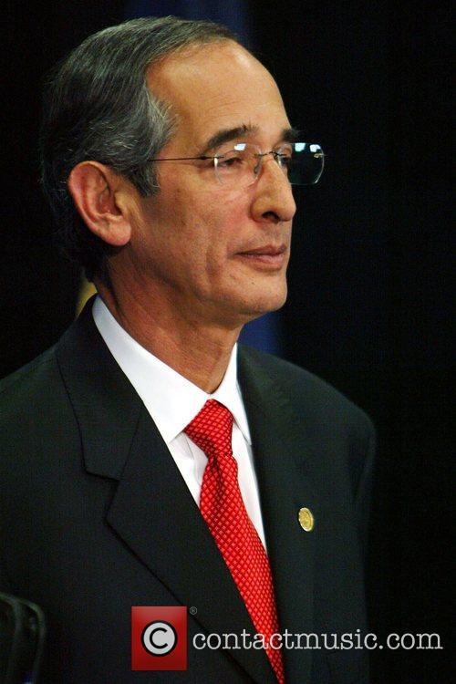 Alvaro Colom 4