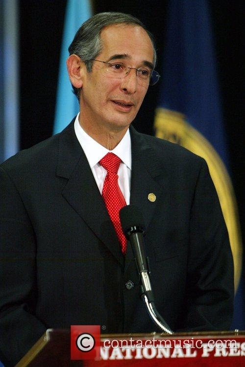 Alvaro Colom 2