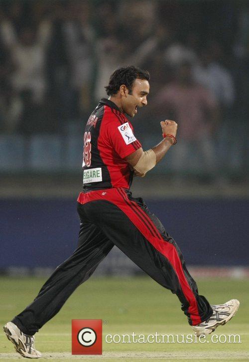 Amit Mishra players of Delhi Daredevils  celebrates...