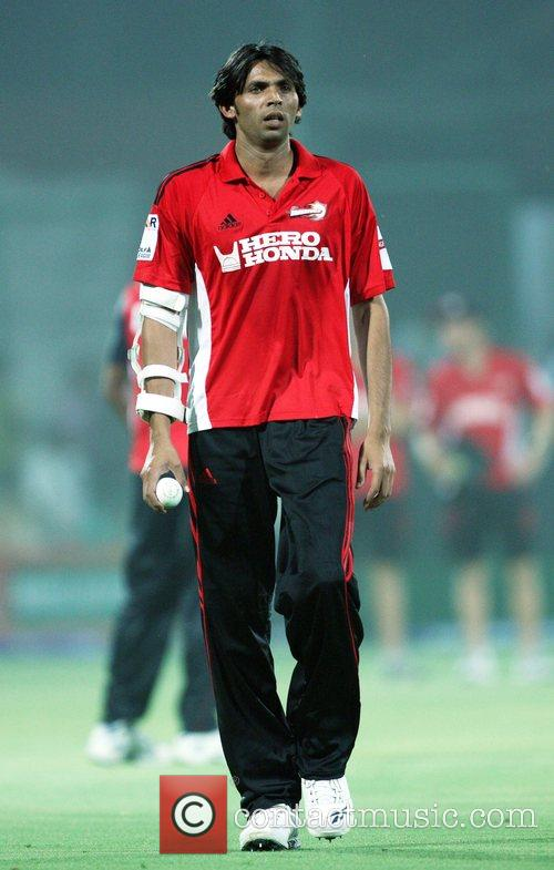 Mohammad Asif of Delhi Daredevils looks on during...
