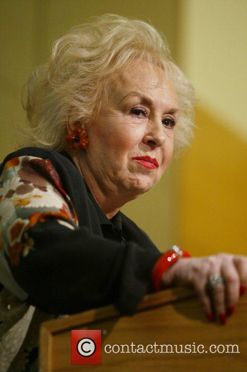 actress doris roberts 5063023
