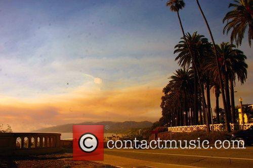 fire in california 064 wenn5040021