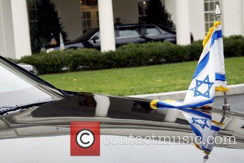 Israeli Prime Minister Ehud Olmert departs the White...