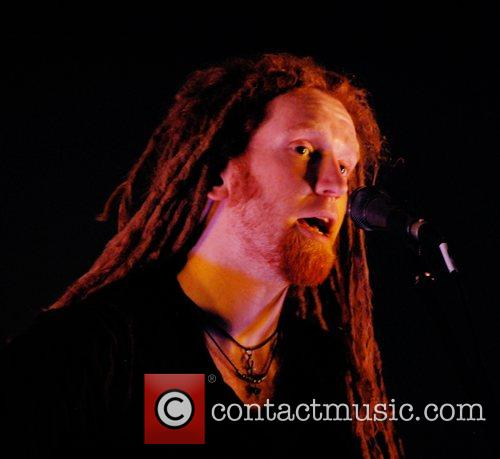 Newton Faulkner and Apple 7
