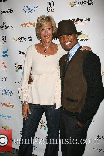 Jane Pratt and Ne-yo 1