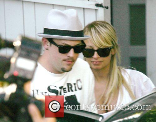 Nicole Richie leaves the Neil George Salon with...