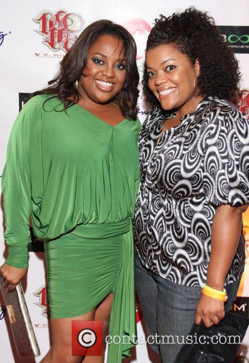 Sherri Shepherd and Yvette Nicole Brown Niecy Nash's...