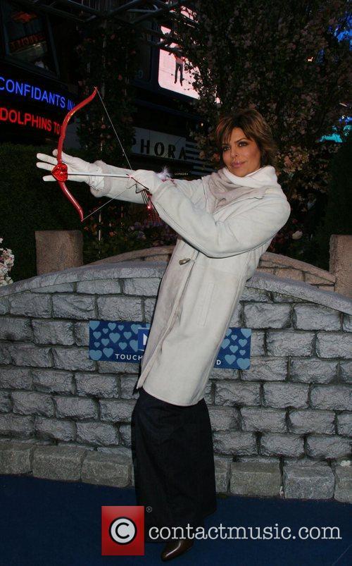 Lisa Rinna 46