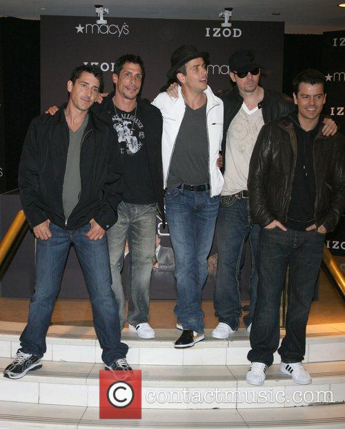 Jonathan Knight, Danny Wood, Joey McIntyre, Donnie Wahlberg...