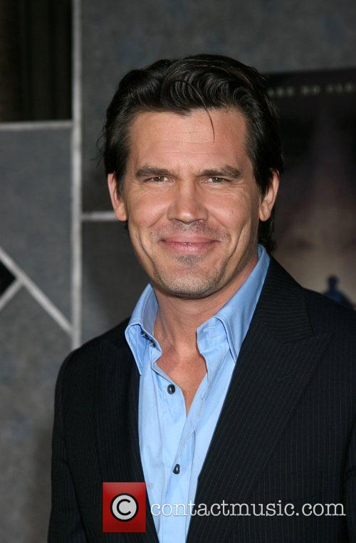 Josh Brolin Premiere of 'No Country for Old...