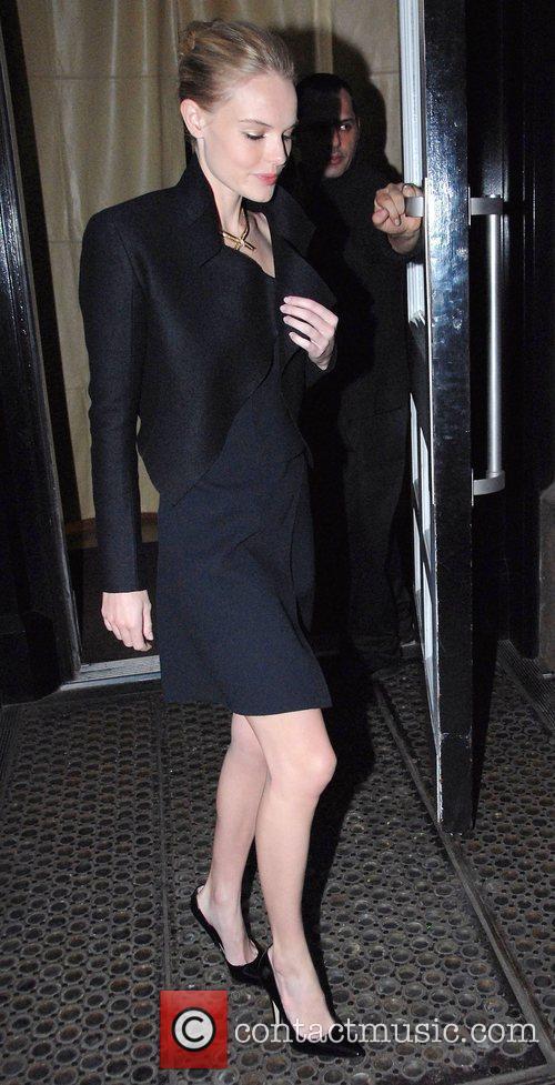 Kate Bosworth leaving her Manhattan hotel New York...