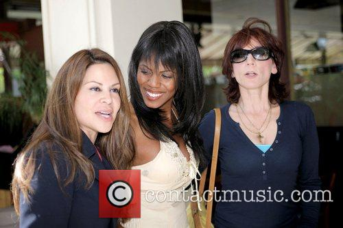 Omarosa Manigault-Stallworth, Donald Trump, Marilu Henner and THE APPRENTICE 10