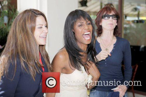 Omarosa Manigault-Stallworth, Donald Trump, Marilu Henner and THE APPRENTICE 9