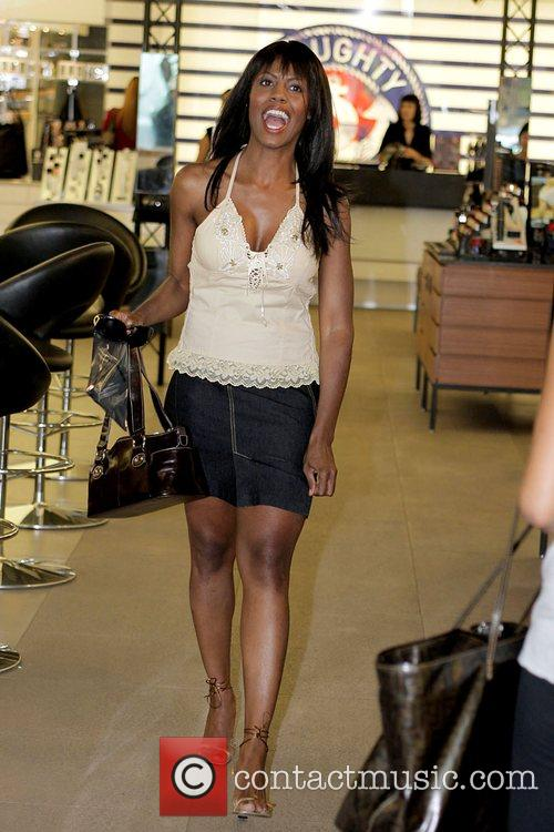 Omarosa Manigault-Stallworth goes to Mac cosmetics boutique to...