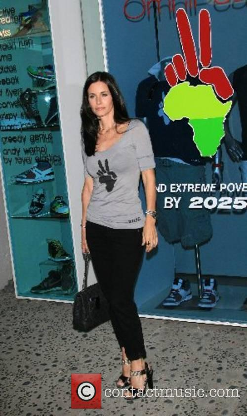 Courteney Cox Arquette Omnipeace event, to stop extreme...