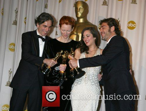 Daniel Day Lewis, Marion Cotillard and Tilda Swinton 6