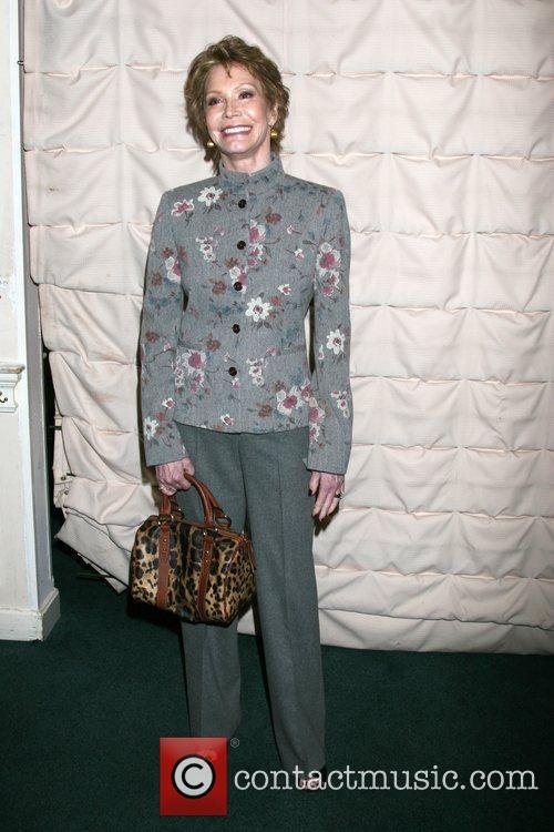 Mary Tyler Moore 6