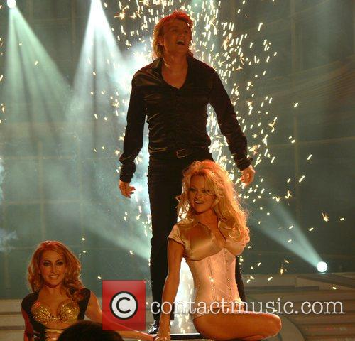 Hans Klok and Pamela Anderson 11