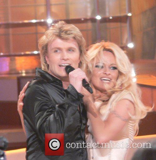 Hans Klok and Pamela Anderson 6