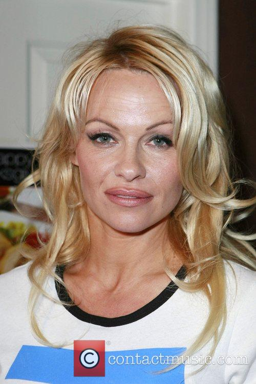 Pamela Anderson and Las Vegas 35