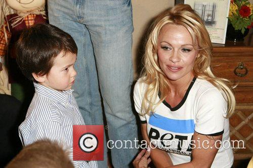 Pamela Anderson and Las Vegas 36
