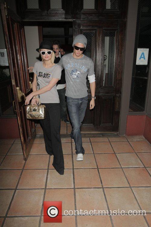 Paris Hilton and Alex Vaggo leaving Hamburger Hamlet...